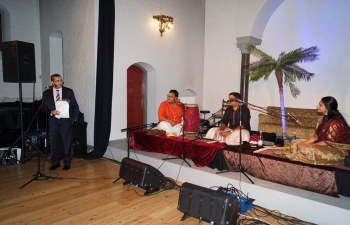 As part of the India@70 celebrations, the Indian Council for Cultural Relations (ICCR) sponsored cultural troop consisting of three member flute group headed by B. Vijayagopal visited Denmark and participated in the Copenhagen World Music Festival. Two scintillating performance was held on 7th and 8th of September in Copenhagen. The performances were very well received by the cross section of the Danish public.