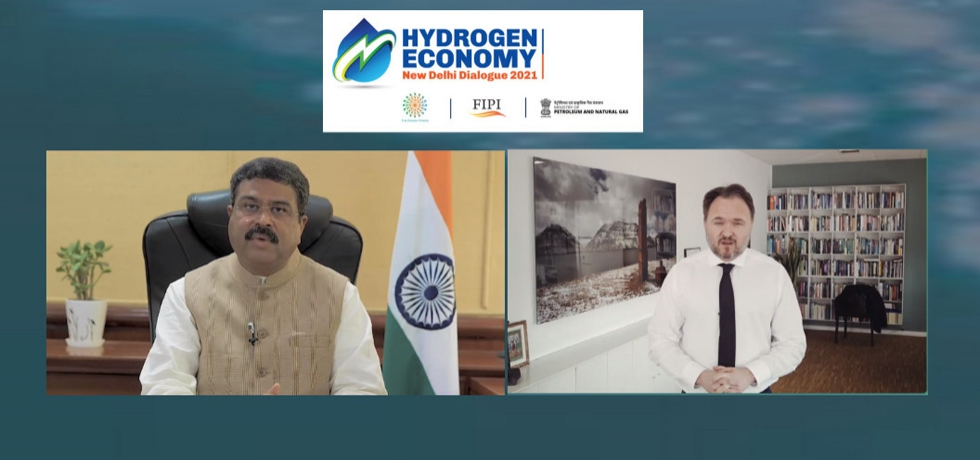 """Shri Dharmendra Pradhan, Minister for Petroleum & Natural Gas and Steel of India & H.E. Mr. Dan Jørgensen, Minister for Energy, Utilities & Climate of Denmark participated in """"The Hydrogen Economy-New Delhi Dialogue 2021"""" on 15th April 2021"""