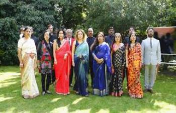 Recital of Rashtragaan by  Indian Embassy Team celebrating Amrit Mahotsav on India's 75th Independence Day.