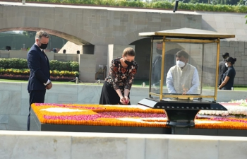 The Prime Minister of Kingdom of Denmark, H.E. Ms. Mette Frederiksen paid a solemn tribute to Bapu at Rajghat during her official visit to India (9-11 Oct 2021)