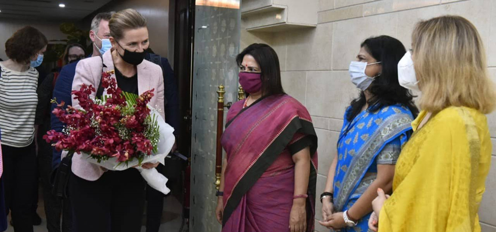 Minister of State Ms. Meenakashi Lekhi receiving the Danish PM H.E. Ms. Mette Frederiksen on her first State Visit to India